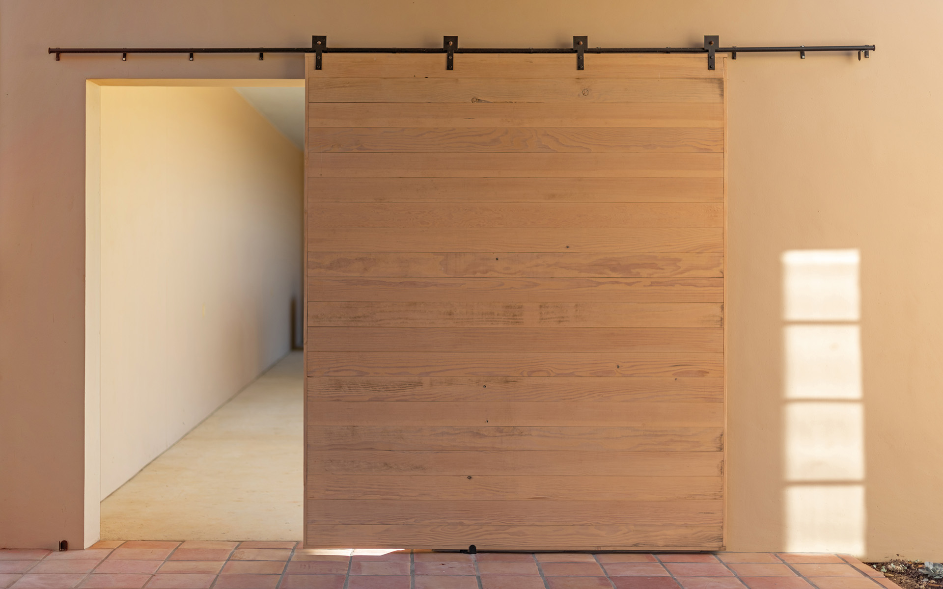 Hacienda Barn Door