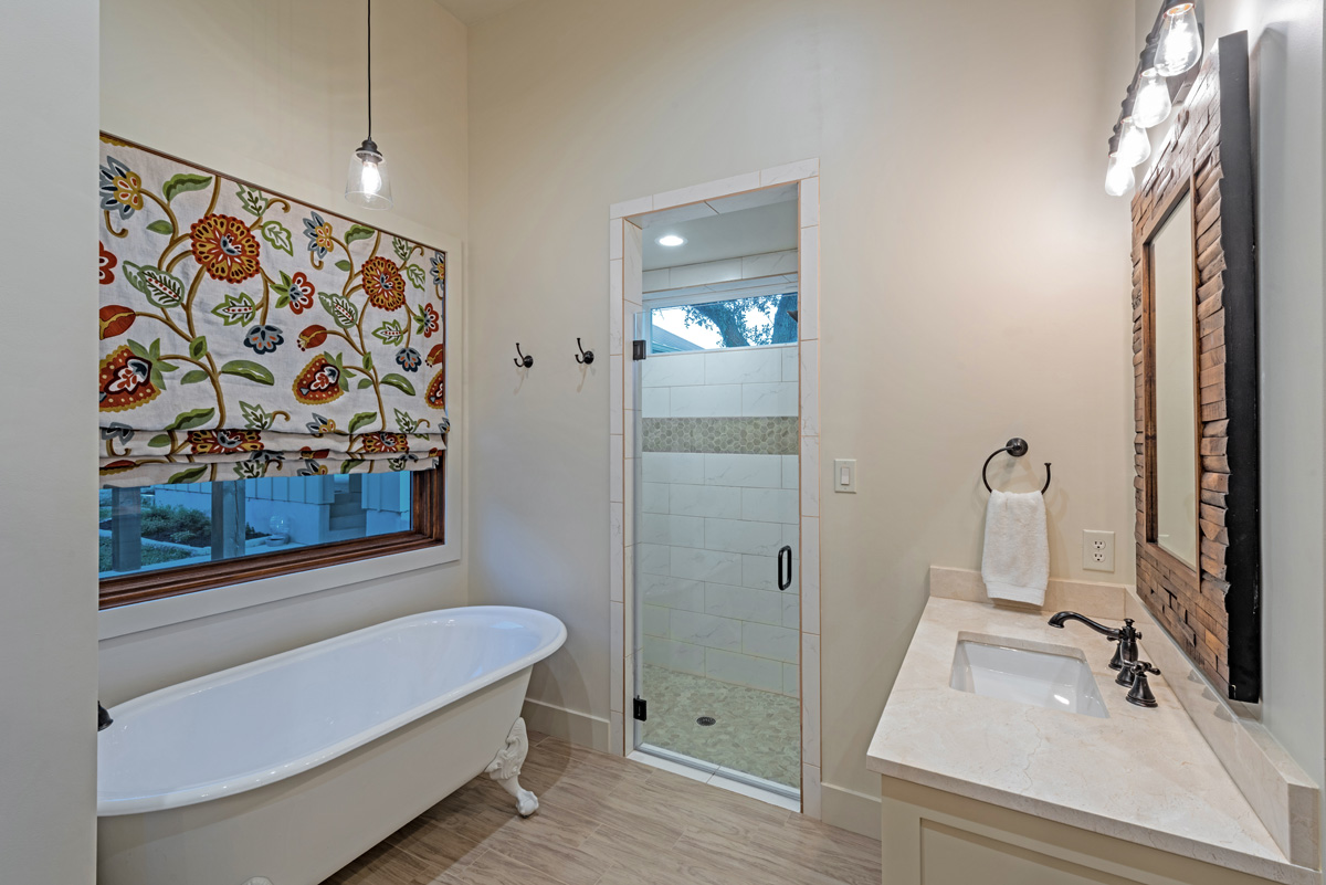 Ranch House - Master Bathroom 2