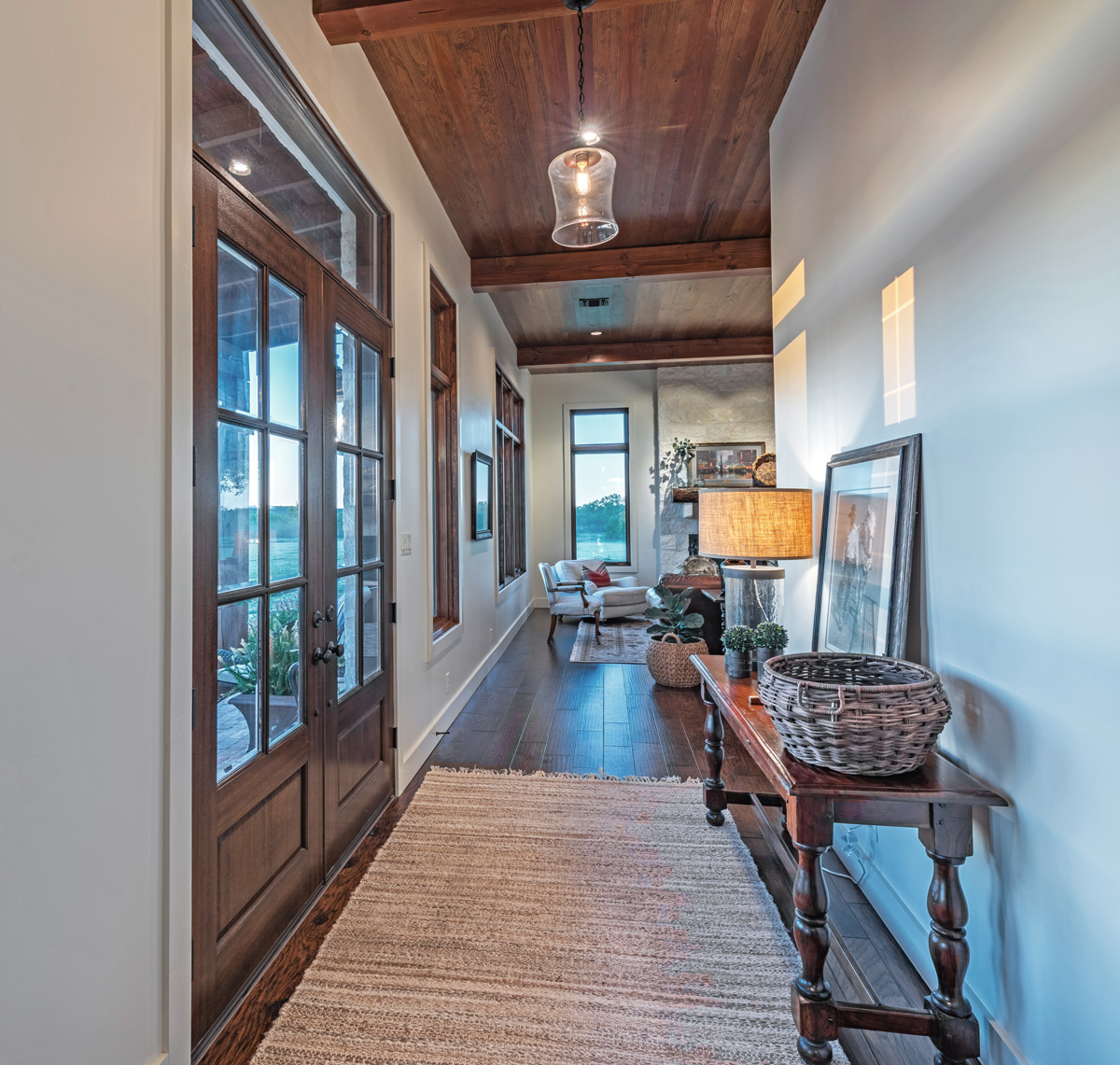 Ranch House - Entrance Hall